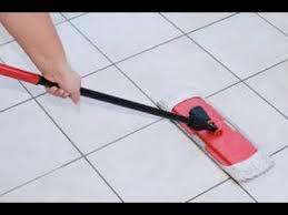 طريقة تنظيف البلاط وتلميعه