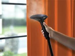 طرق تنظيف الستائر بالبخار